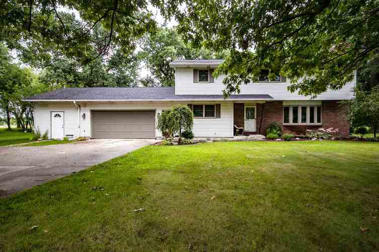 54911  State Road 13  Middlebury, IN 46540-8952   MLS 201835684