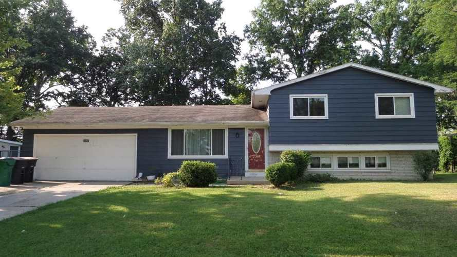 5934  Glenview Dr  Fort Wayne, IN 46815 | MLS 201836273