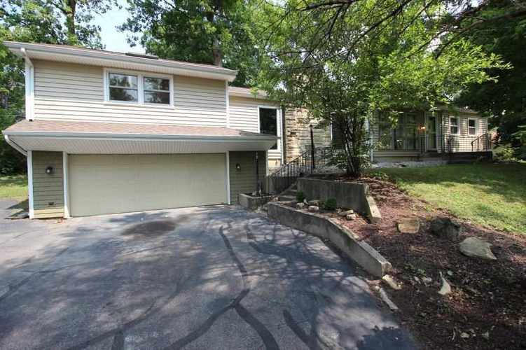 4905  Forest Avenue Fort Wayne, IN 46815 | MLS 201836974
