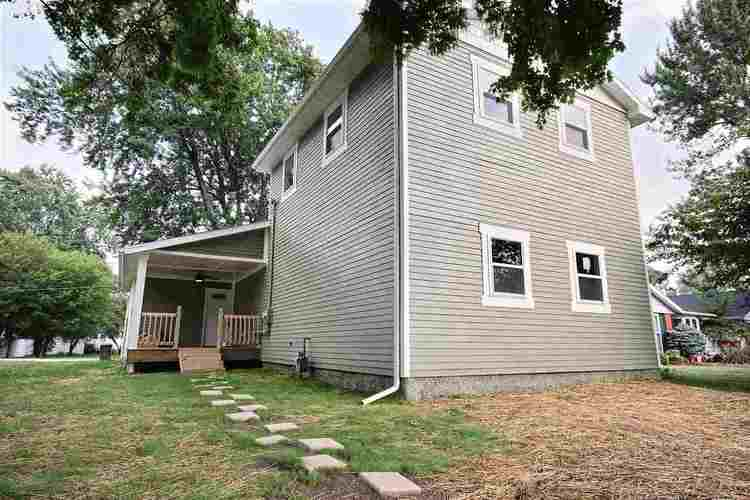 810  Dallas Street Auburn, IN 46706-2703 | MLS 201837359