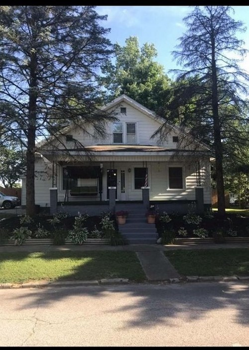401 W 7th Street  Bicknell, IN 47512 | MLS 201838387