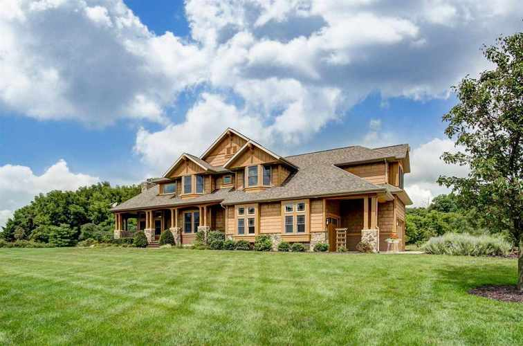 2540 E Armstrong Road Leesburg, IN 46538 | MLS 201838481