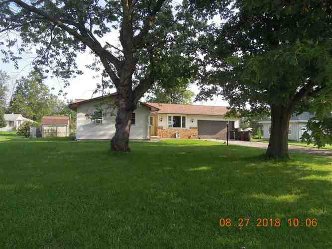 3321  Oakwood Drive Fort Wayne, IN 46816 | MLS 201838628