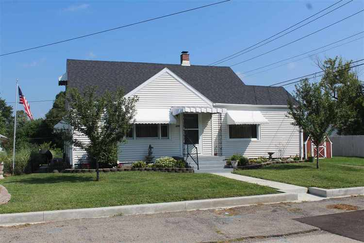 208 W Berkley Avenue Muncie, IN 47303 | MLS 201838652