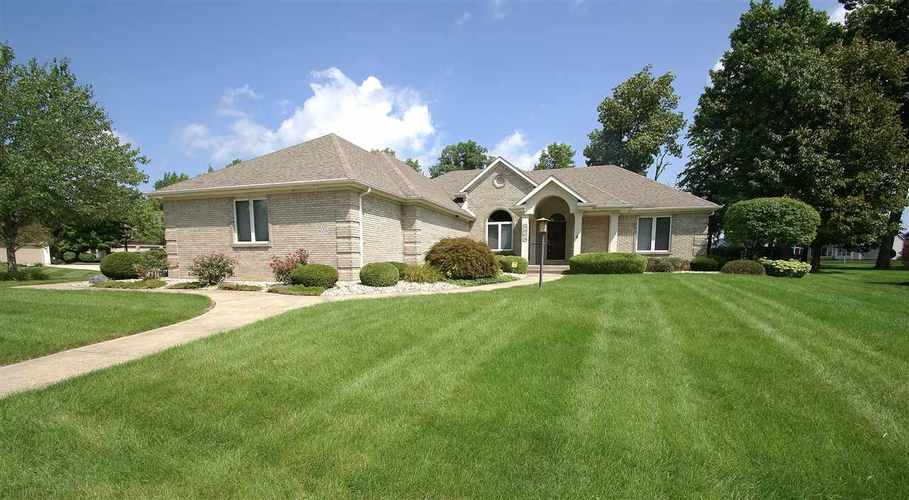 9009  Greyhawk Dr  Fort Wayne, IN 46835 | MLS 201839613