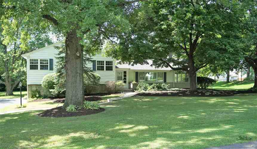 8203  Dr  Fort Wayne, IN 46825 | MLS 201839796