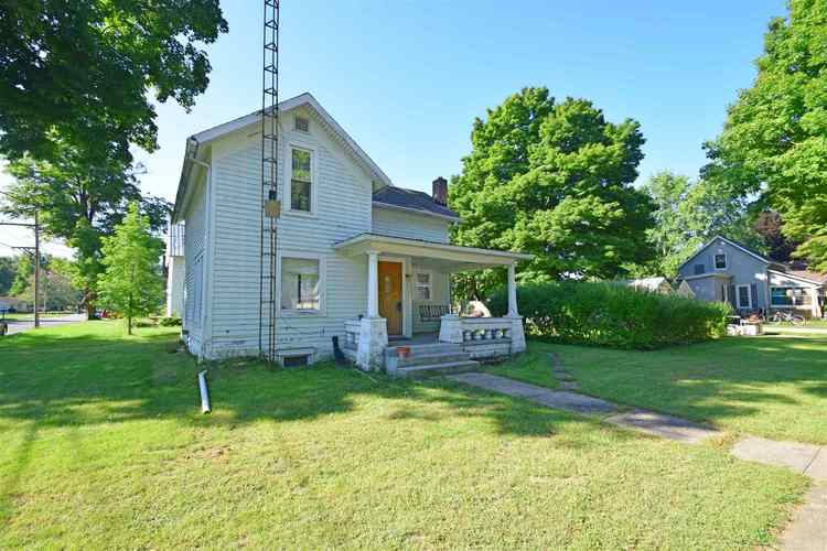 311 E Berry Street Middlebury, IN 46540-2203   MLS 201840601