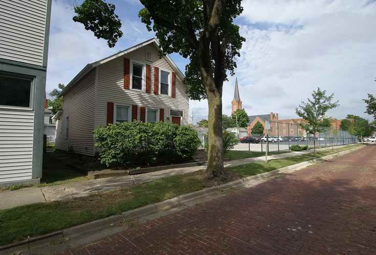1034  Wilt St  Fort Wayne, IN 46802 | MLS 201841122