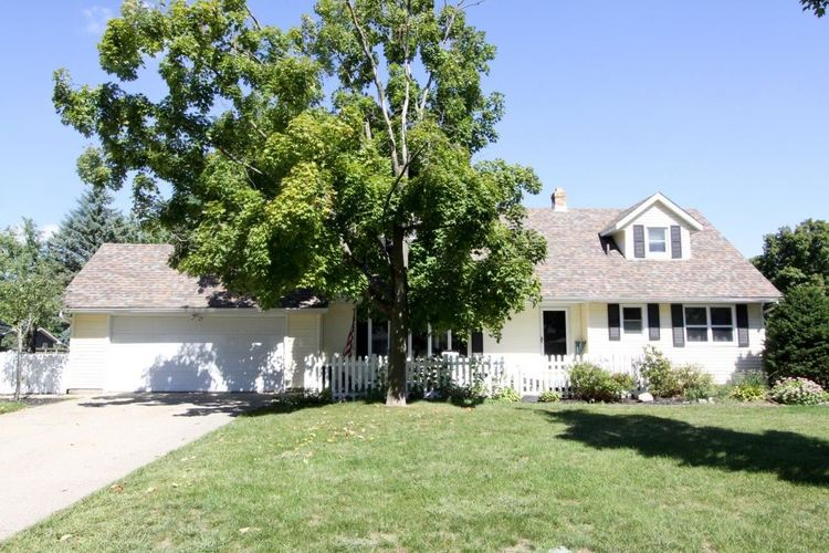 23397  Parkwood Place Elkhart, IN 46516 | MLS 201842208