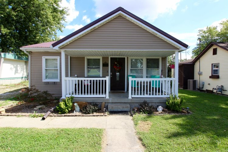 604 S Lincoln Street Fort Branch, IN 47648 | MLS 201842228
