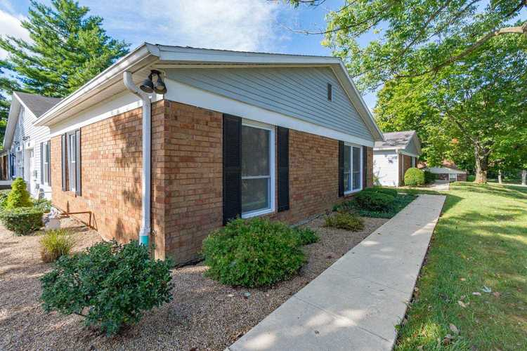 946 E Commons Drive Bloomington, IN 47401 | MLS 201842388