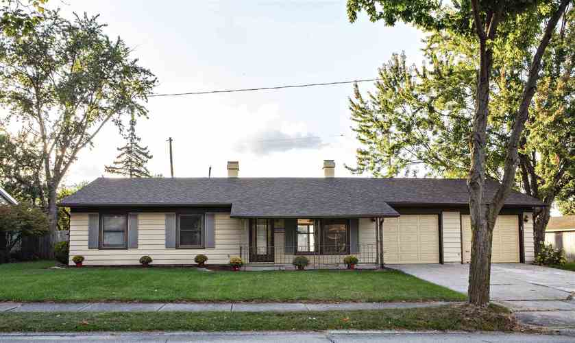 7324  Knightswood Drive Fort Wayne, IN 46819 | MLS 201842571