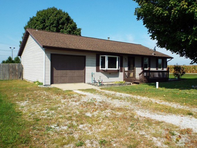 1005 N Old State Road 15  Milford, IN 46542-9140 | MLS 201842771