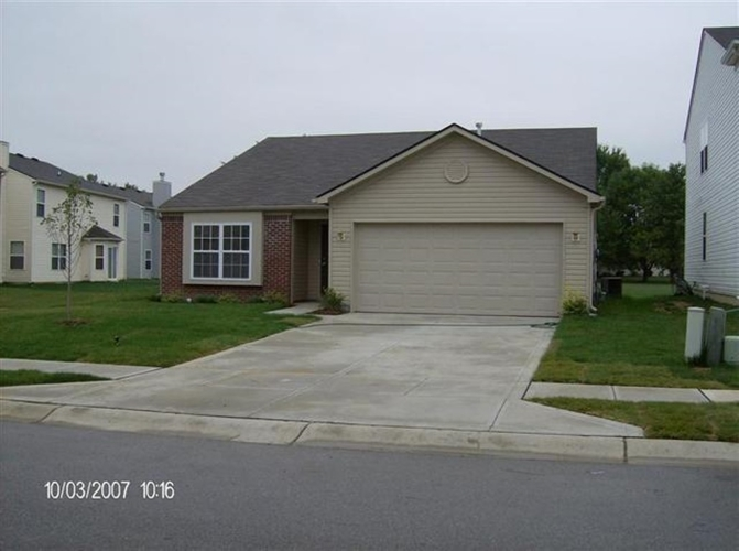 4450  Bellchime Drive  Indianapolis, IN 46235 | MLS 201843262