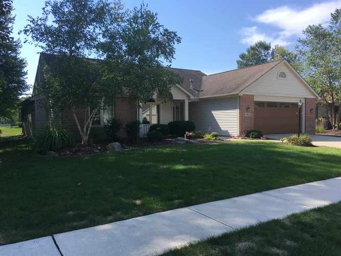 1008  Fiona Drive Fort Wayne, IN 46845 | MLS 201843321