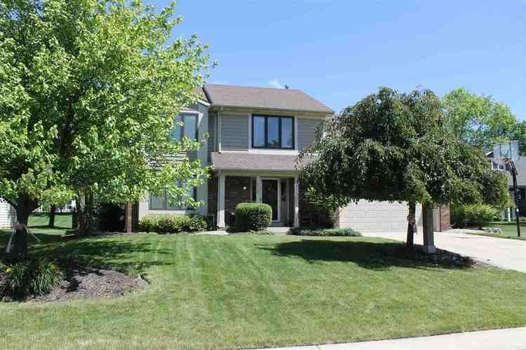 9214  Red Berry Court Fort Wayne, IN 46804-5900 | MLS 201843382