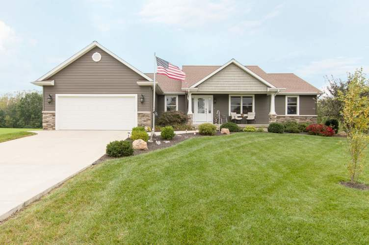 12895 N 300 E  Syracuse, IN 46567 | MLS 201844057