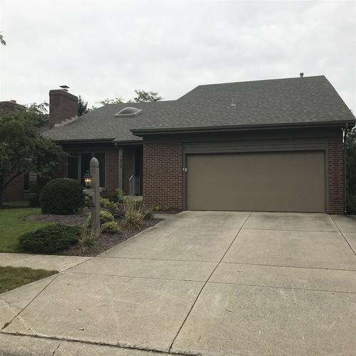 2516  KINGSTON Point Fort Wayne, IN 46815 | MLS 201844114