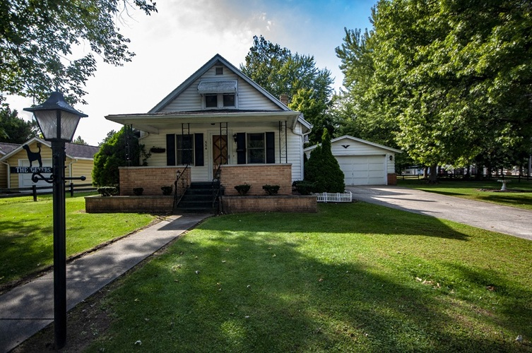 554 N Locke Street Nappanee, IN 46550 | MLS 201844425