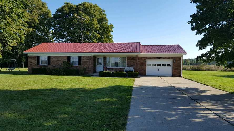 11111 S Wheeling Pike  Fairmount, IN 46928 | MLS 201844435