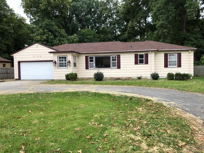 2106 E Paulding Road Fort Wayne, IN 46816-1309 | MLS 201844603