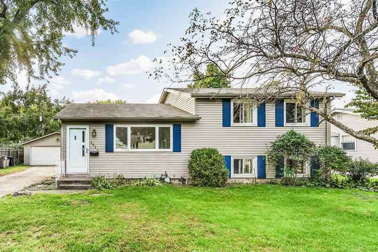 1521  Hass Drive South Bend, IN 46635-1929 | MLS 201844605