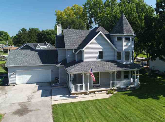 29387 Channel View Drive Elkhart, IN 46516-1234 | MLS 201844613 | photo 2