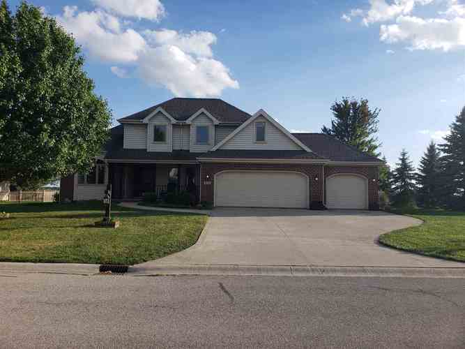 208  Ridge Court Ossian, IN 46777 | MLS 201844878