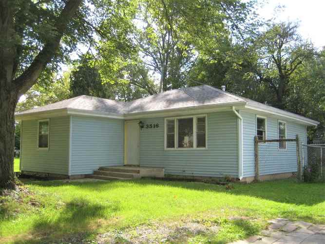 3516  Central Drive Fort Wayne, IN 46806 | MLS 201844931