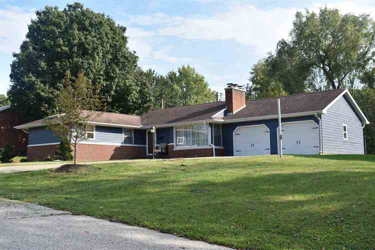 743  Sunset Drive Bloomfield, IN 47424 | MLS 201845489