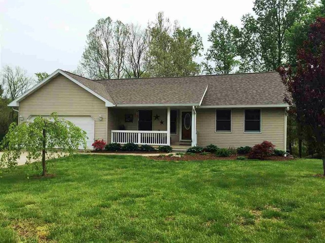 323 E Briarwood Lane Ellettsville, IN 47429 | MLS 201845493