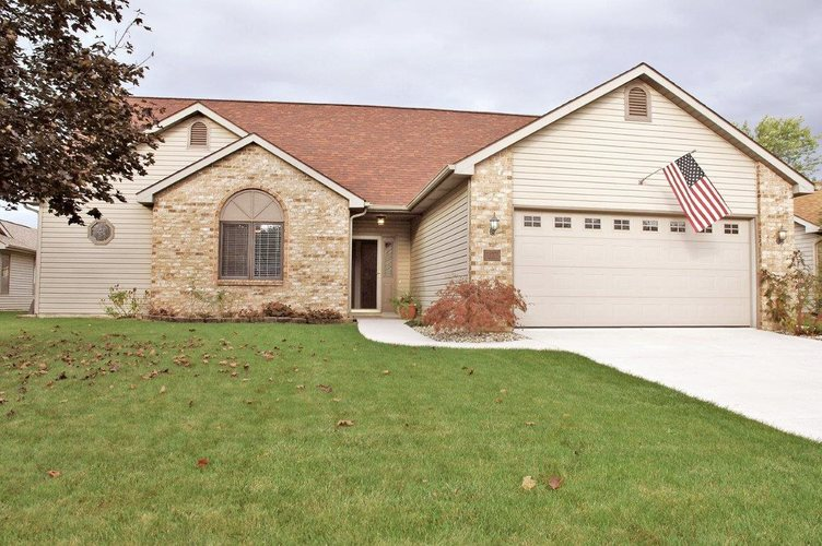 510  Mission Hill Drive Fort Wayne, IN 46804-6422 | MLS 201845881