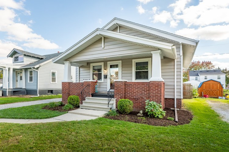805  Pasadena Drive Fort Wayne, IN 46807 | MLS 201846091