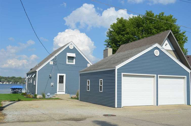 310 E Medusa St  Syracuse, IN 46567 | MLS 201846540