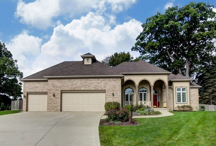5807  Chase Creek Court Fort Wayne, IN 46804-8701 | MLS 201846643