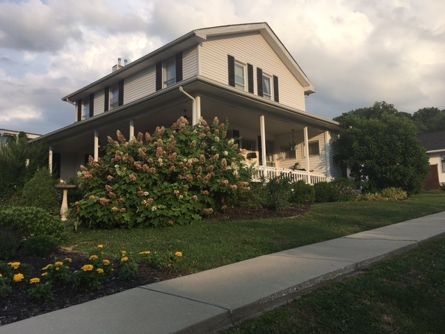 592 S Summit Street French Lick, IN 47432 | MLS 201846841