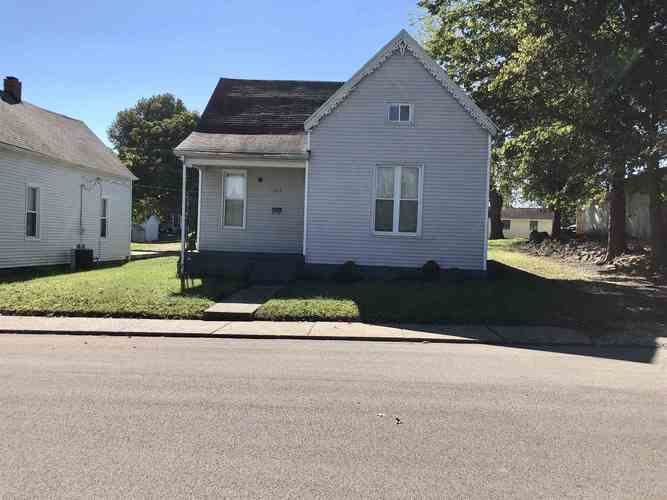 315  Maple Street Boonville, IN 47601 | MLS 201847007