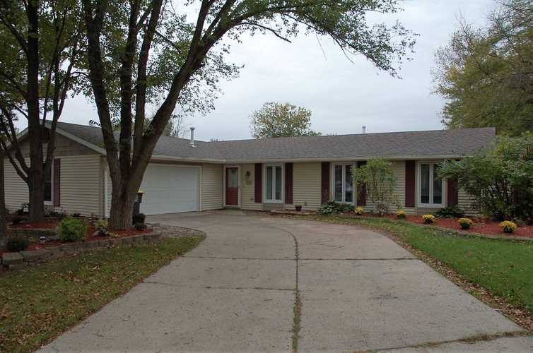 7428  Imperial Plaza Drive Fort Wayne, IN 46835 | MLS 201847289