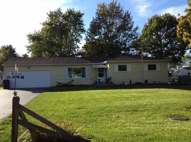 11604  Brooklane Drive Fort Wayne, IN 46819 | MLS 201847942