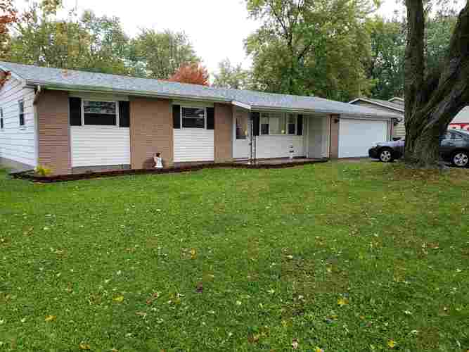 4120  Maplecrest Road Fort Wayne, IN 46815-5327 | MLS 201848336