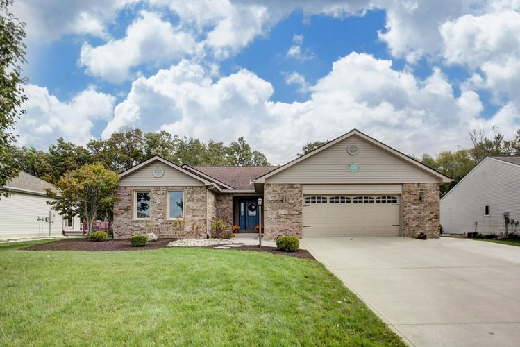 5421  Bear Creek  Auburn, IN 46706-9137 | MLS 201848489