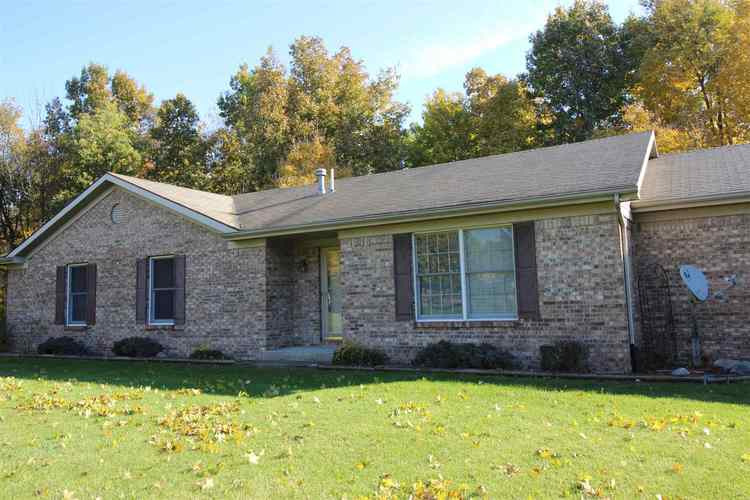 2630 N County Road 50 E  New Castle, IN 47362-9202 | MLS 201848597
