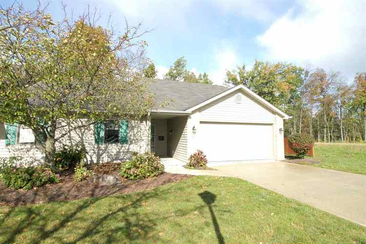 823  Owls Point  Fort Wayne, IN 46825 | MLS 201848850