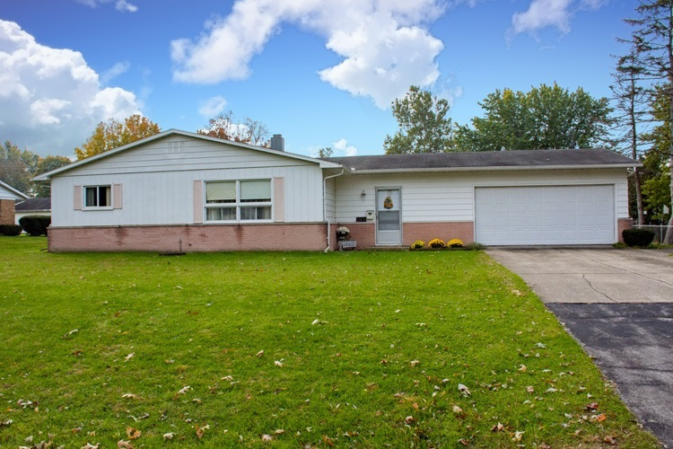 19684 Rolling Acres Drive South Bend, IN 46614-5747   MLS 201848967   photo 1