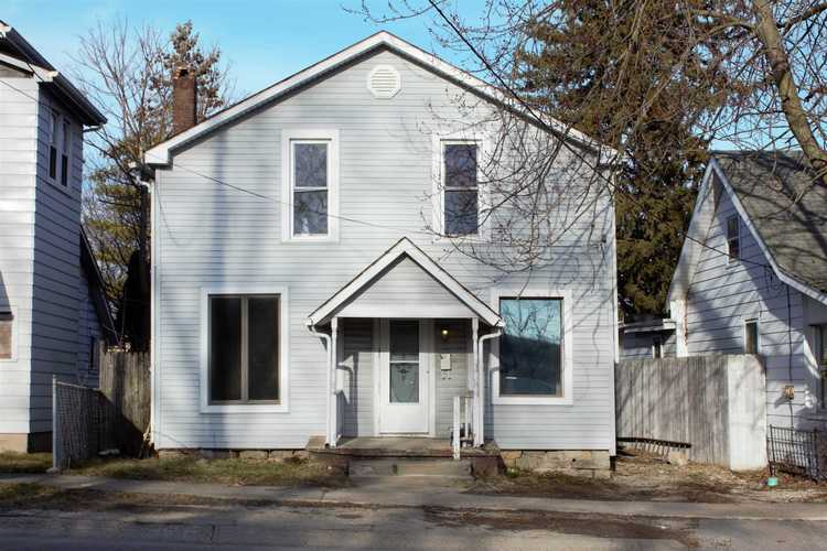 219 N Lafontaine  Huntington, IN 46750-2608 | MLS 201849303