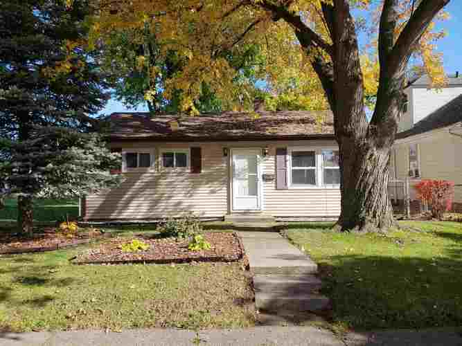 702  Goshen Avenue Fort Wayne, IN 46808-3172 | MLS 201849338