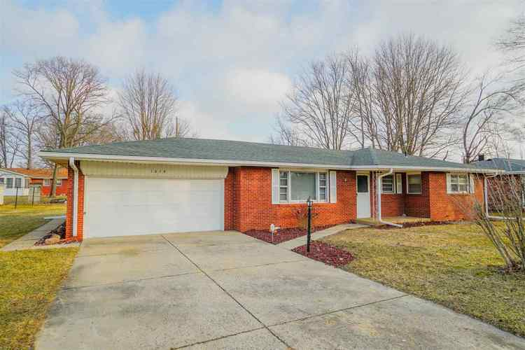 1016  White Drive New Castle, IN 47362-1456 | MLS 201849463