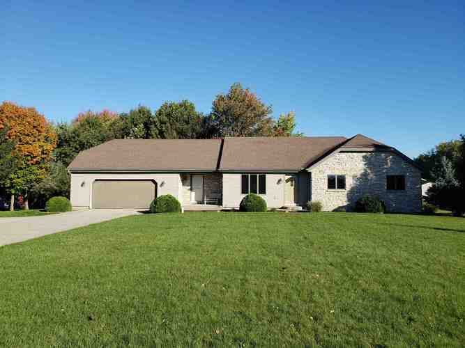 5075  700 South  Topeka, IN 46571 | MLS 201849570