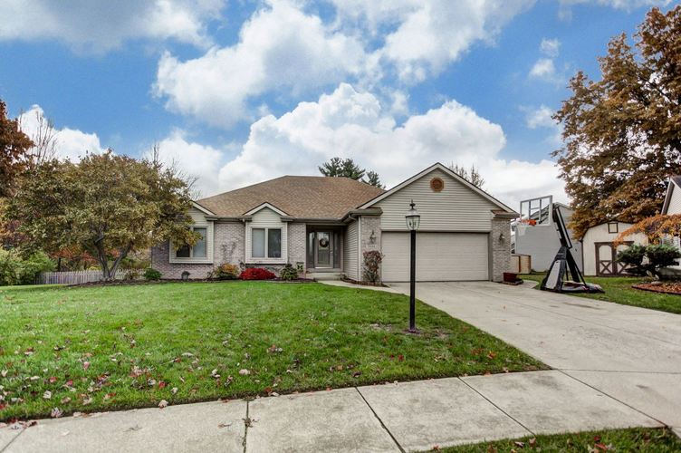 7530  Country Court Fort Wayne, IN 46815-6514 | MLS 201849611