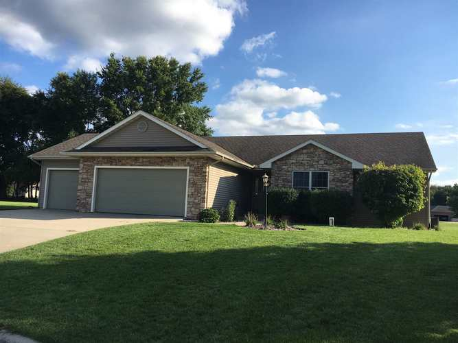 22334  Forsythia Drive Goshen, IN 46528 | MLS 201850170